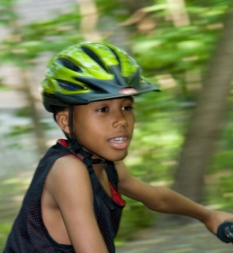 Tips on Bike Helmets and Fittings Around St. Louis  99bbaaf44