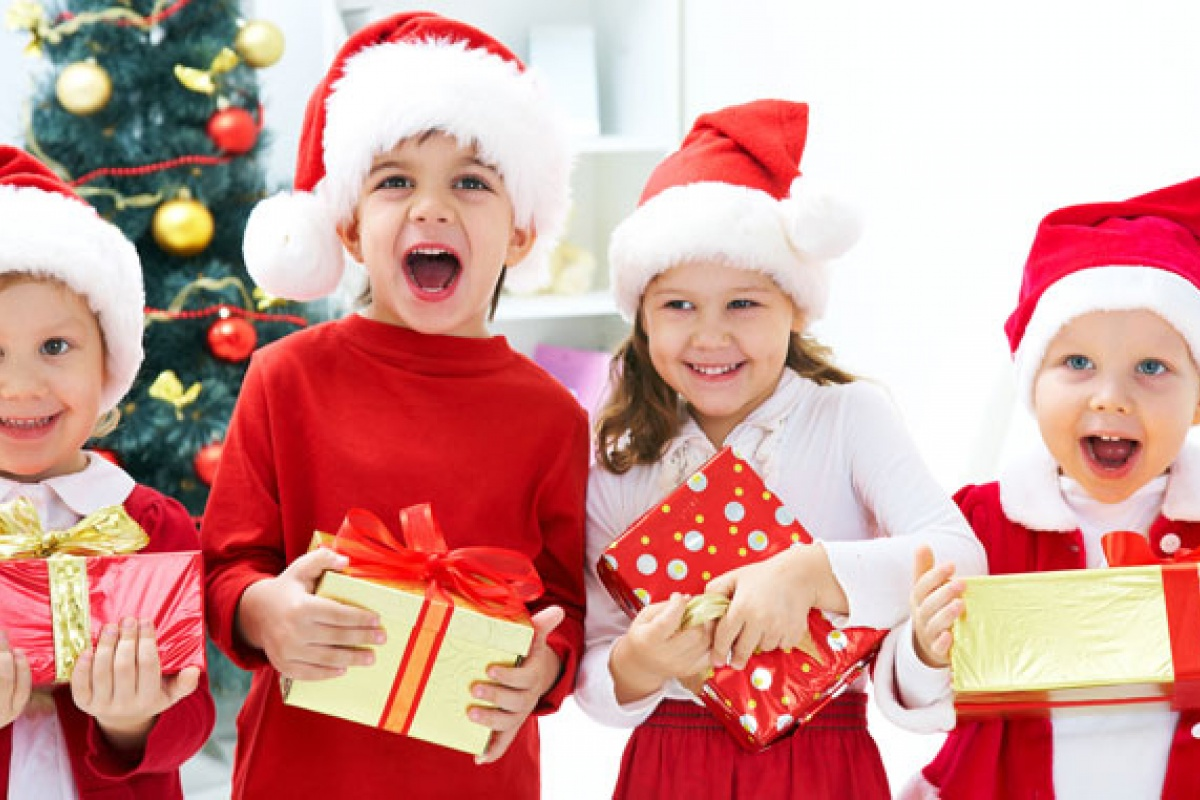 top 10 holiday events for st louis families. Black Bedroom Furniture Sets. Home Design Ideas