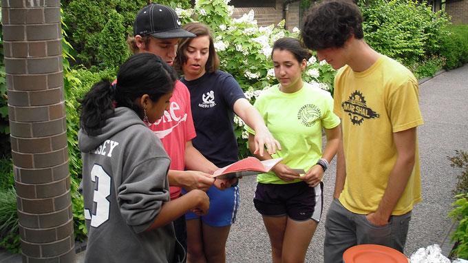 Teen volunteer summer camp